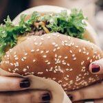 cara menikmati makanan favorit saat diet